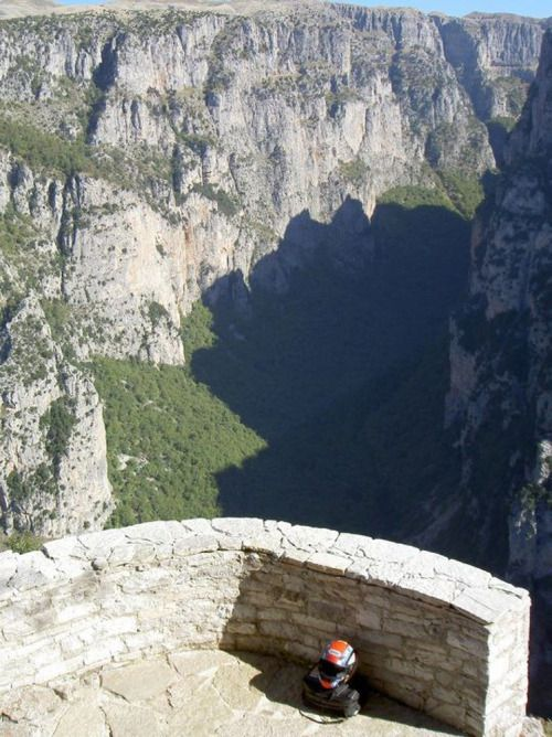~~ Mονοδενδρι Ιωαννινων ~ Θεα χαραδρας Βικου ~~ !! Monodentri Giannena ~ View of Vikos gorge !! TBoH