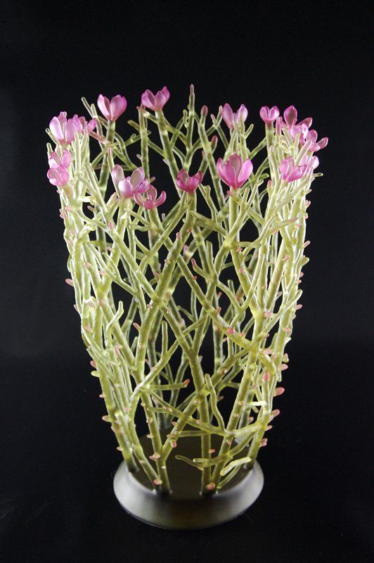 Evelyn Dunstan: cast glass sculpture