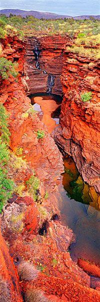 Joffre Falls in Karijini National | Western Outback, Australia | UFOREA.org