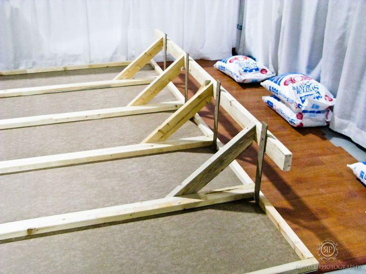 How to build your own trade show or wedding show wall and floor.
