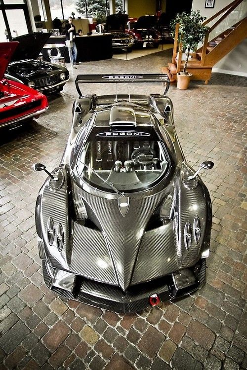 194 best images about pagani on pinterest cars pagani huayra interior and koenigsegg. Black Bedroom Furniture Sets. Home Design Ideas