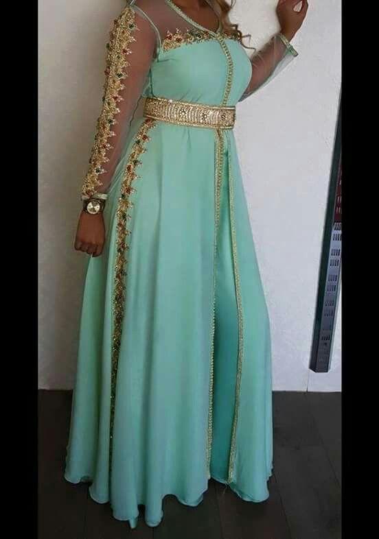 Kaftan in a delightful color