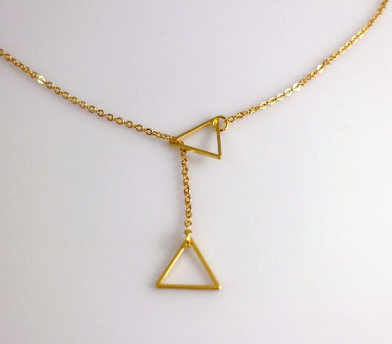 Gold Rose Gold Or Silver Double Triangle Necklace Triangle Etsy Triangle Necklace Gold Triangle Necklace Geometric Jewelry