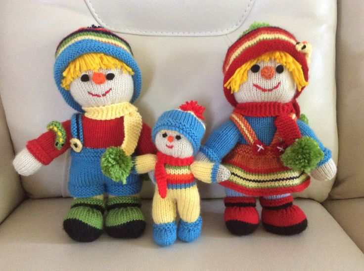 Sonny, Susie and baby Sunshine Scarecrow