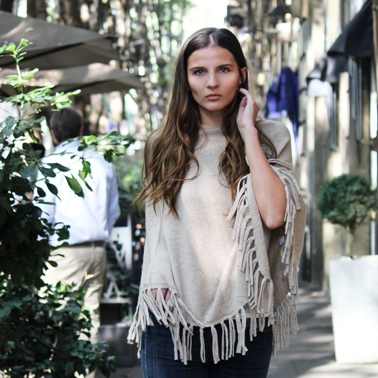 Bohemian Chic Poncho in 100% Cashmere from Vanadïs Milano