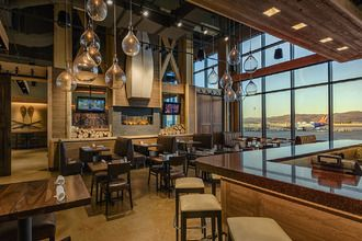 Make your time at the airport more enjoyable! Grab a bite or drink at Timber Ridge inside Reno-Tahoe International Airport.