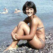 Женщины в купальниках в 50-е и сейчас