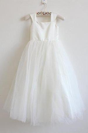 Light Ivory Flower Girl Dress Tulle Ivory Straps Baby Girl Dress Ivory Flower Girl Dress With Bow Floor-length D14