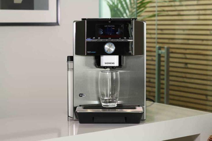 Der beste High-End-Kaffeevollautomat - AllesBeste.de Barista-Kaffeegenuss für zuhause: Wer Geschmack und Luxus auf höchstem Niveau will, muss etwas mehr Geld in die Hand nehmen - bekommt dafür aber auch ein Gerät der Spitzenklasse. Unser Testsieger in der Luxusklasse: Siemens EQ 9 connect. https://www.allesbeste.de/test/der-beste-high-end-kaffeevollautomat/ #AllesBeste #Test #DoppeltesMahlwerk #Espressomaschine #High-End-Kaffeevollautomat #Kaffeemaschine #MieleCM7500 #