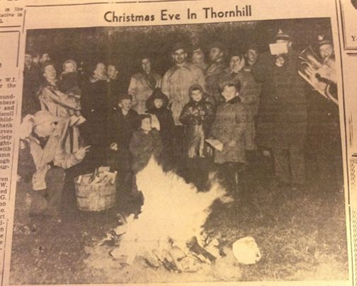 Christmas eve has come and gone but in 1953 an unusual celebration in Thornhill. Residents gathered around a bonfire to sing carols. The people with the instruments are from the Salvation Army Band. #ThrowBackThursday #TBT
