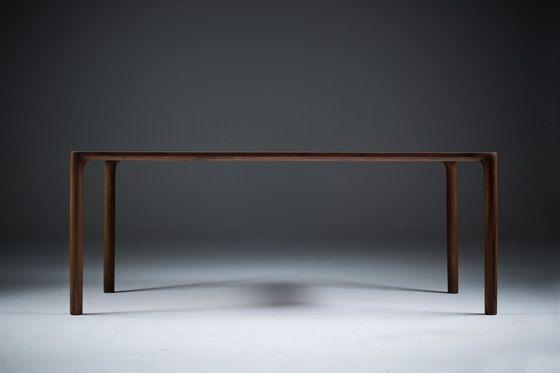 Tavoli da pranzo | Tavoli | Jean | Artisan | Ruđer. Check it out on Architonic
