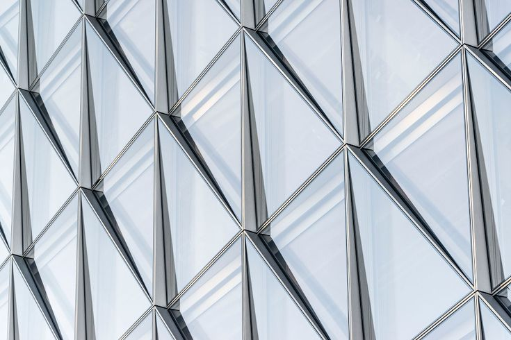 The Building S Innovative Closed Cavity Facade Ccf Is A Unitized