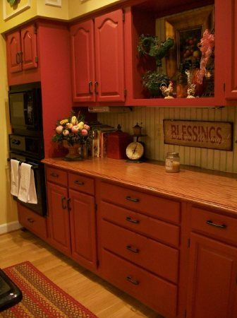 .: Country Red Kitchens Cabinets, Cabinets Style, Kitchens Colors, Countertops, Christmas Open Houses, Kitchens Ideas, Country Kitchens, Kitchens Cabinets Red, Red Cabinets