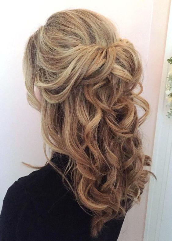 Schnell und einfach Half Up Half Down Frisuren für langes Haar # Haare # Frisuren # Frisuren …