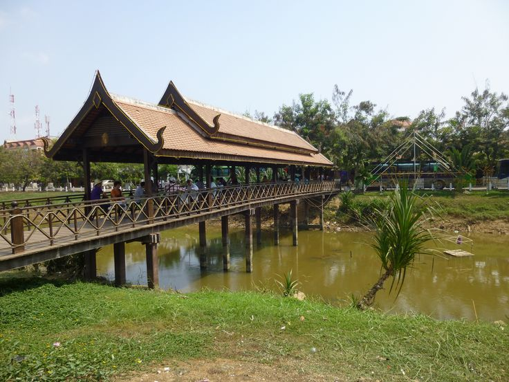 Brücke und Fluss in Siem Reap