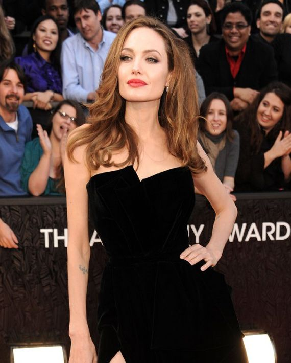 Angelina Jolie Tops 2013 Highest Paid Hollywood Actress List