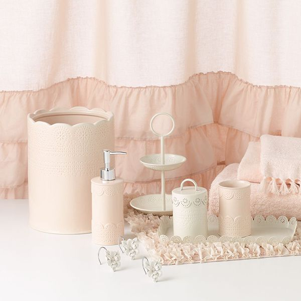 LC Lauren Conrad for Kohl's Pink & White Lace Bath Set