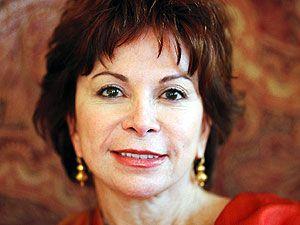 """Isabel Allende: """"Büyülü gerçekliğin"""" Latin kraliçesi…"""