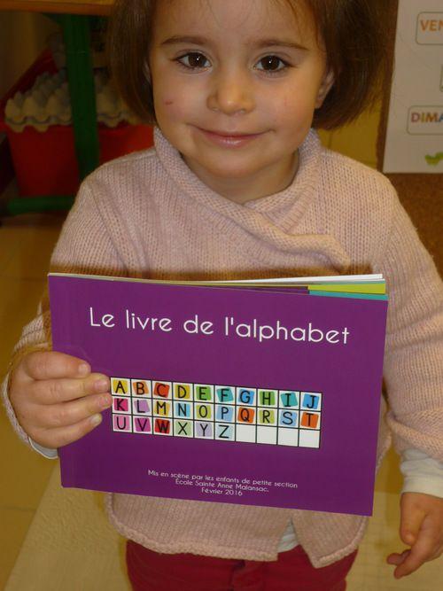 Mettre en scène l'alphabet en petite section