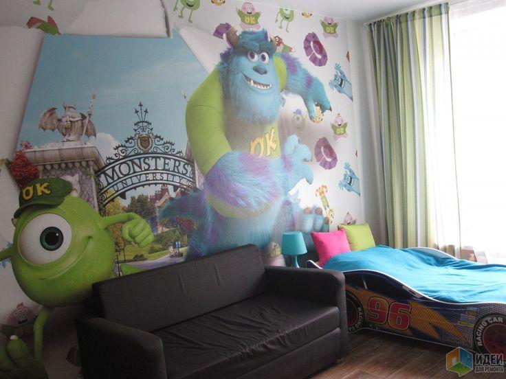 Кровать машинка дожидается, когда прикрутим ей объемные колеса. Ну и диван поменяет цвет и обзаведется подушками из обрезков штор.