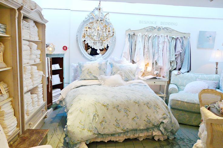 1199 best images about shabby chic couture on pinterest shabby chic bedrooms nyc and cottages. Black Bedroom Furniture Sets. Home Design Ideas