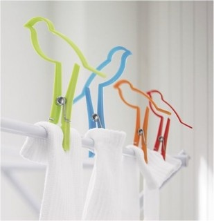 I don't hand laundry much, but I could think of some really great things to hang from these cute little birdies