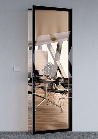 Dveře MASTER Clear- hliníkový rám dveří je z obou stran opláštěn sklem. MASTER CLEAR MODEL - aluminium door frame is only covered with glass from both sides with black trim.#door#dveře#sklo#glass#skleněnédveře#interiordesign