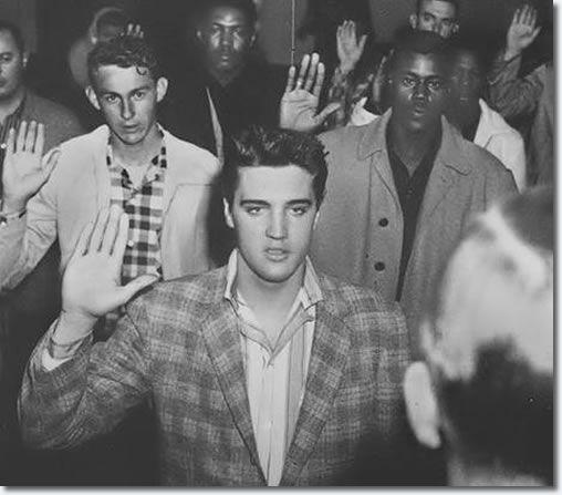 Elvis Presley In The U.S. Army : The Journey Begins : Elvis Articles ...508 x 447 | 36.7KB | www.elvis.com.au