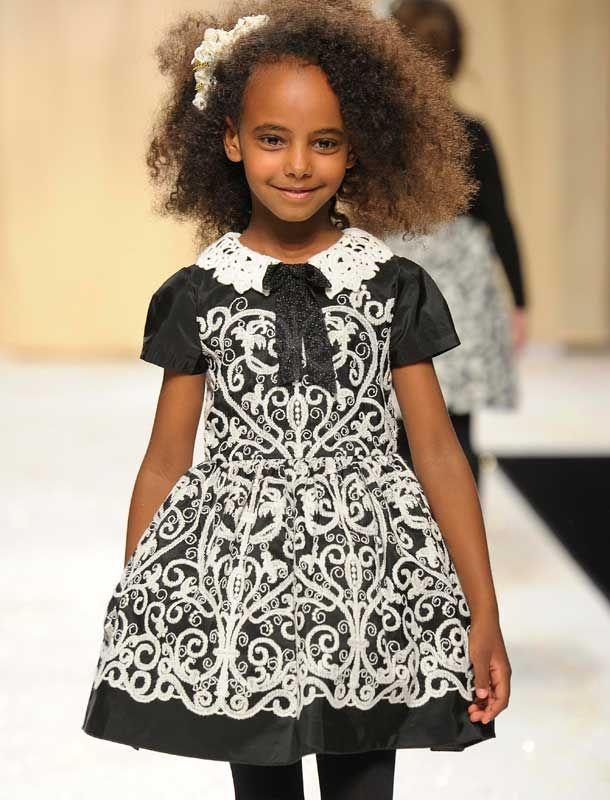 46e6b2b290d6 Quis Quis Girls Fall Winter 2014 / 15 Fashion Show | OMG Girl Outfits | Black  kids fashion, Kids fashion show, Kids fashion