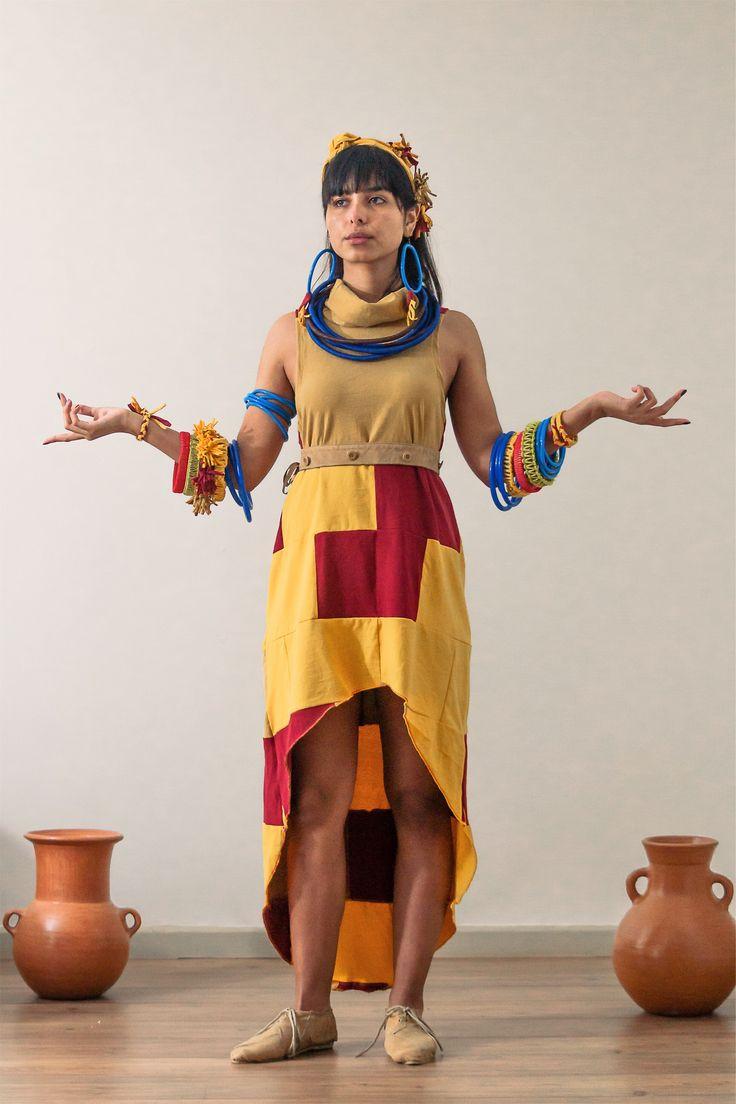"""Conjunto """"Etnico"""" de la colección Montuna.   Diseño: Fernanda Anguita Lablée."""