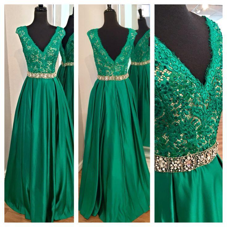 Dark Green long Chiffon Prom Dresses V-neck Appliques Beaded Party Dresses