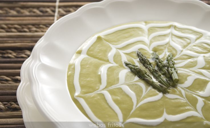 Crema de espárragos verdes