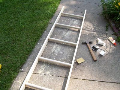 """our vintage home love: Build a """"Vintage"""" Ladder for under $10. I'm making one to hang from laundry room ceiling. Awesome!"""
