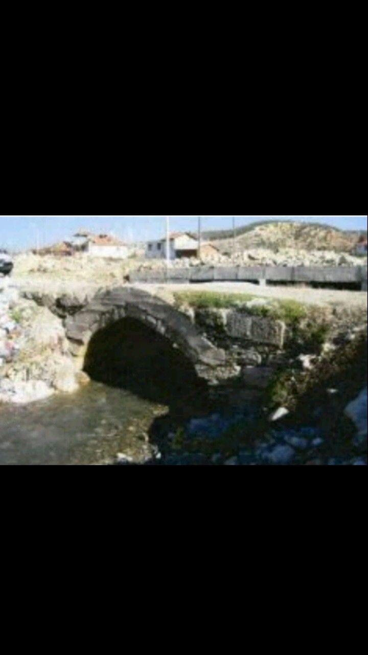 Bridge-Dereçiftlik bridge-Constructive: Romans-Year built: Roman period-Dereçiftlik village-Honaz-Denizli