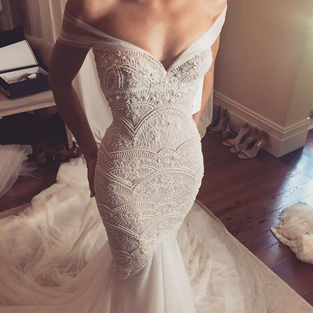 Beautiful Leah Da Gloria Off The Shoulder Gown This Wedding Dress Is So Pretty