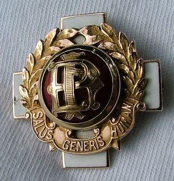 Presbyterian Hospital School of Nursing Graduation Pin 1945