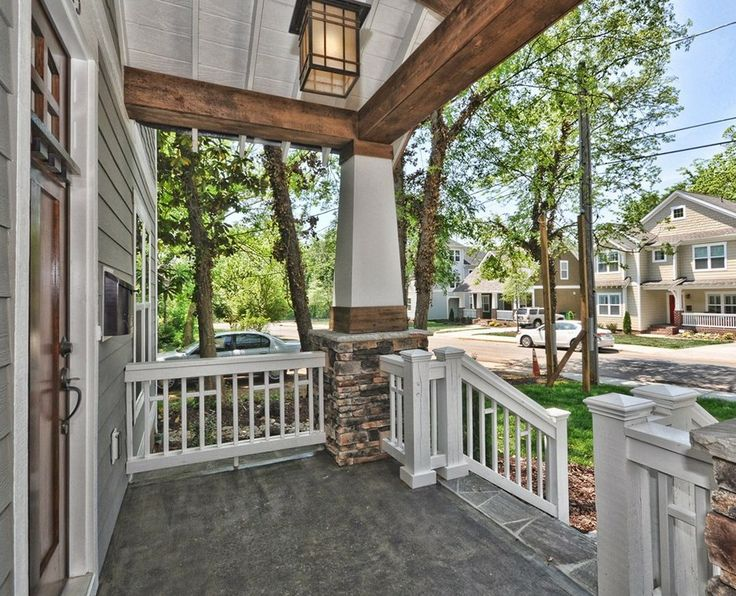 Best 25 craftsman front porches ideas on pinterest for Craftsman home builders charlotte nc