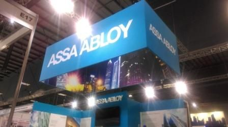 Double sided Sky Banner - very effective in a busy exhibition hall or sports event.