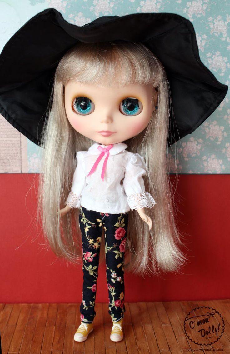 Blythe Black Witch Hat by cmondolly on Etsy