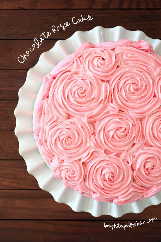 Post image for Confession #107: I'm a Lousy Cake Froster… Chocolate Rose Cake