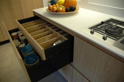 detail bestek lade van een maatwerk keuken