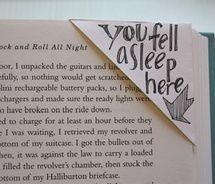 Bookmark.: Reading, Envelopes, Diy Bookmarks, Corner Bookmarks, Cute Bookmarks, Fell Asleep, Bookmarks Ideas, Books Mark, Crafts