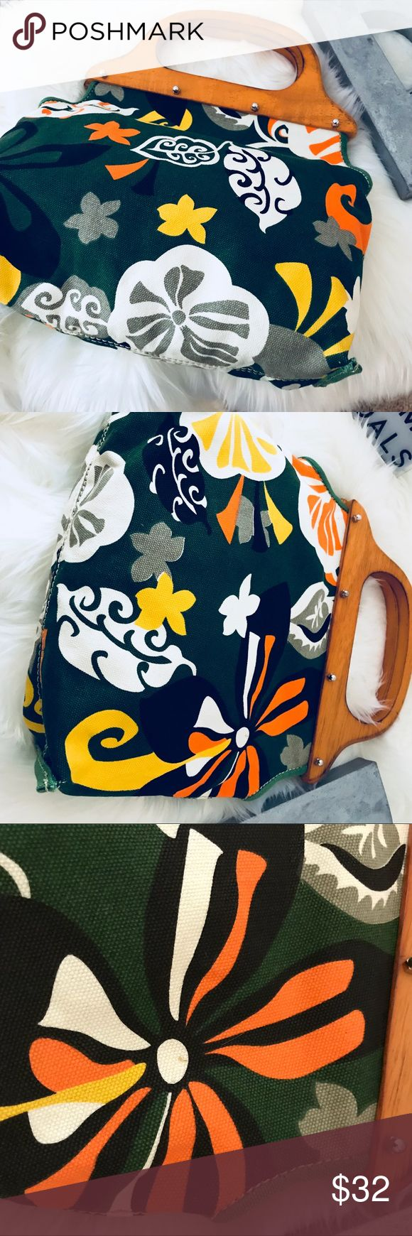 """J Crew floral pattern wooden handle purse. Women's J. Crew Green Yellow size 12"""" x 8.5""""  rare  vintage-style geometric floral J. Crew Bags Totes"""