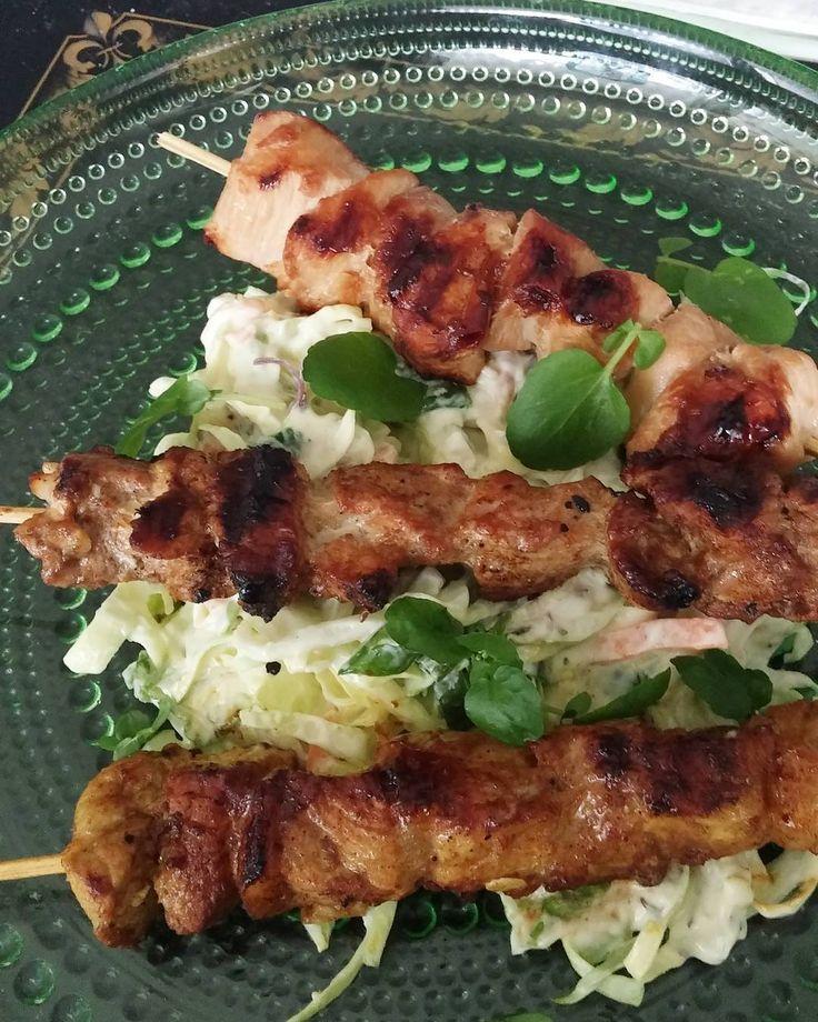 Coleslaw ja grillivartaite kolmella eri tavalla. #grilli #coleslaw #itsetehty #ruokablogi #ruoka#kotiruoka #herkkusuu #lautasella #Herkkusuunlautasella#ruokasuomi