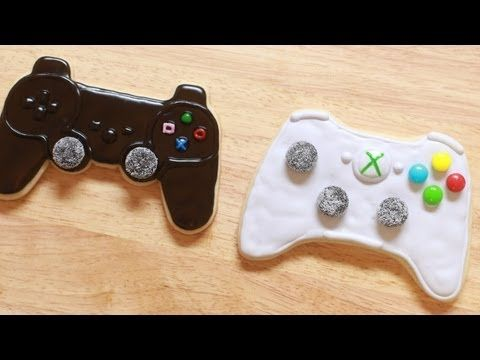 VIDEO GAME CONTROLLER COOKIES - NERDY NUMMIES   I feel like my next birthday is all about this xD