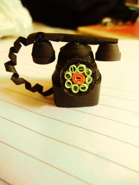 Quilled Vintage Telephone Keychain