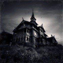 spooky houses