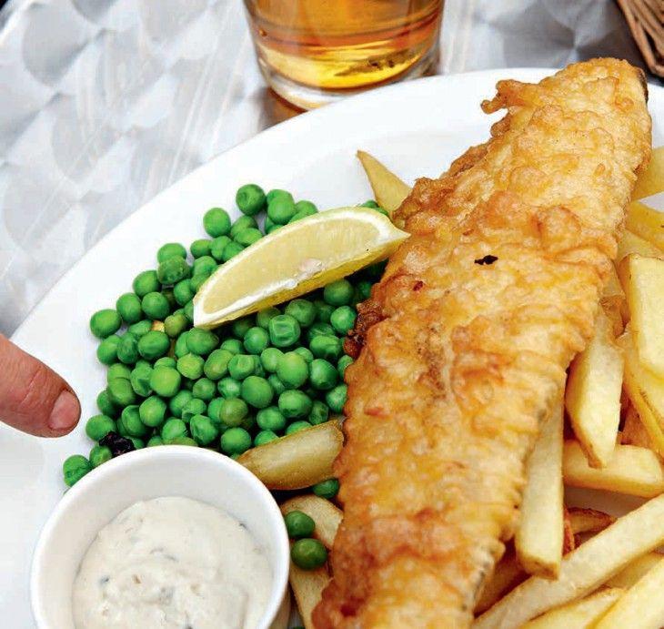 Fish and chips är ett begrepp. Är fisken och pommes fritesen inte frasigt friterade är det inte fish and chips.