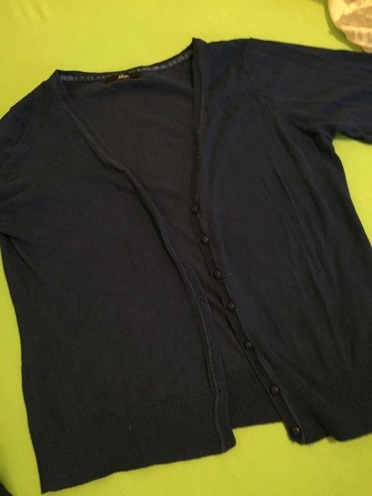 Gilet bleu royal  Mim ! Taille 40 / 12 / L  à seulement 5.00 €. Par ici : http://www.vinted.fr/mode-femmes/pull-overs-and-sweat-shirts-cardigans/33570665-gilet-bleu-royal.