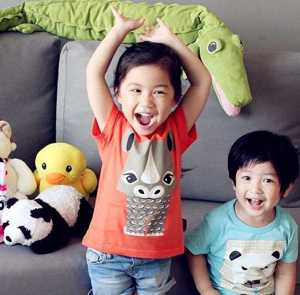 Un enfant en Coq en Pâte est forcément un enfant heureux☺️ Easy to recognise happy kids : they wear #coqenpâte's cloth